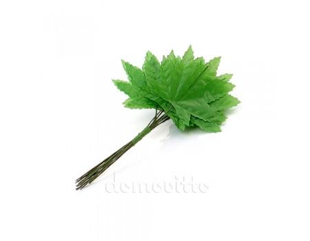 Кленовые листики мини зеленые, 12 шт